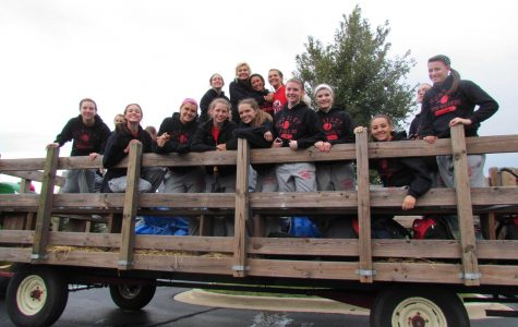 Community Comes Together for Homecoming Parade