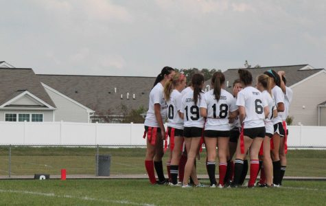 GALLERY: Freshman vs Sophomore Powderpuff Game