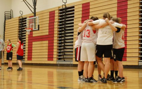 Sophomore girls basketball ends season on a high note