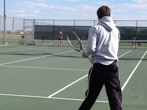 Huntley boys tennis defeats Woodstock North