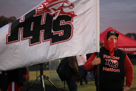 HHS Annual Homecoming Parade Involves Community