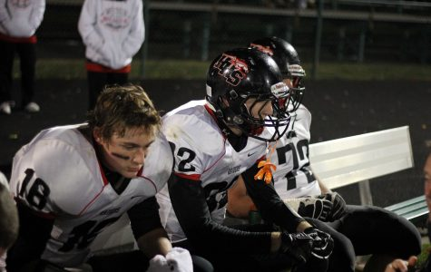 [GALLERY] Huntley's playoff dreams crushed by Fenwick