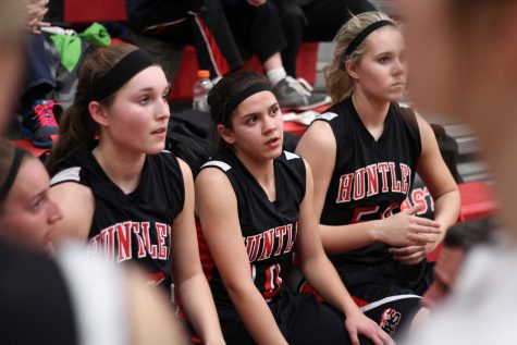 [GALLERY] Raiders slam Harlem, reach first-ever sectional final
