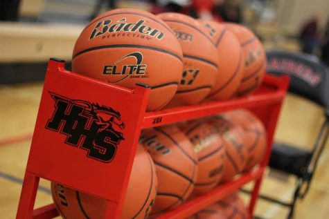Huntley defeats Belvidere North in the Coaches vs. Cancer tournament