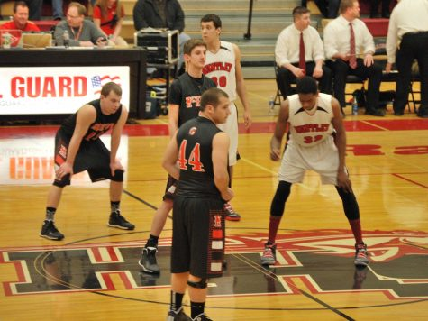 Huntley snaps losing streak with win over McHenry
