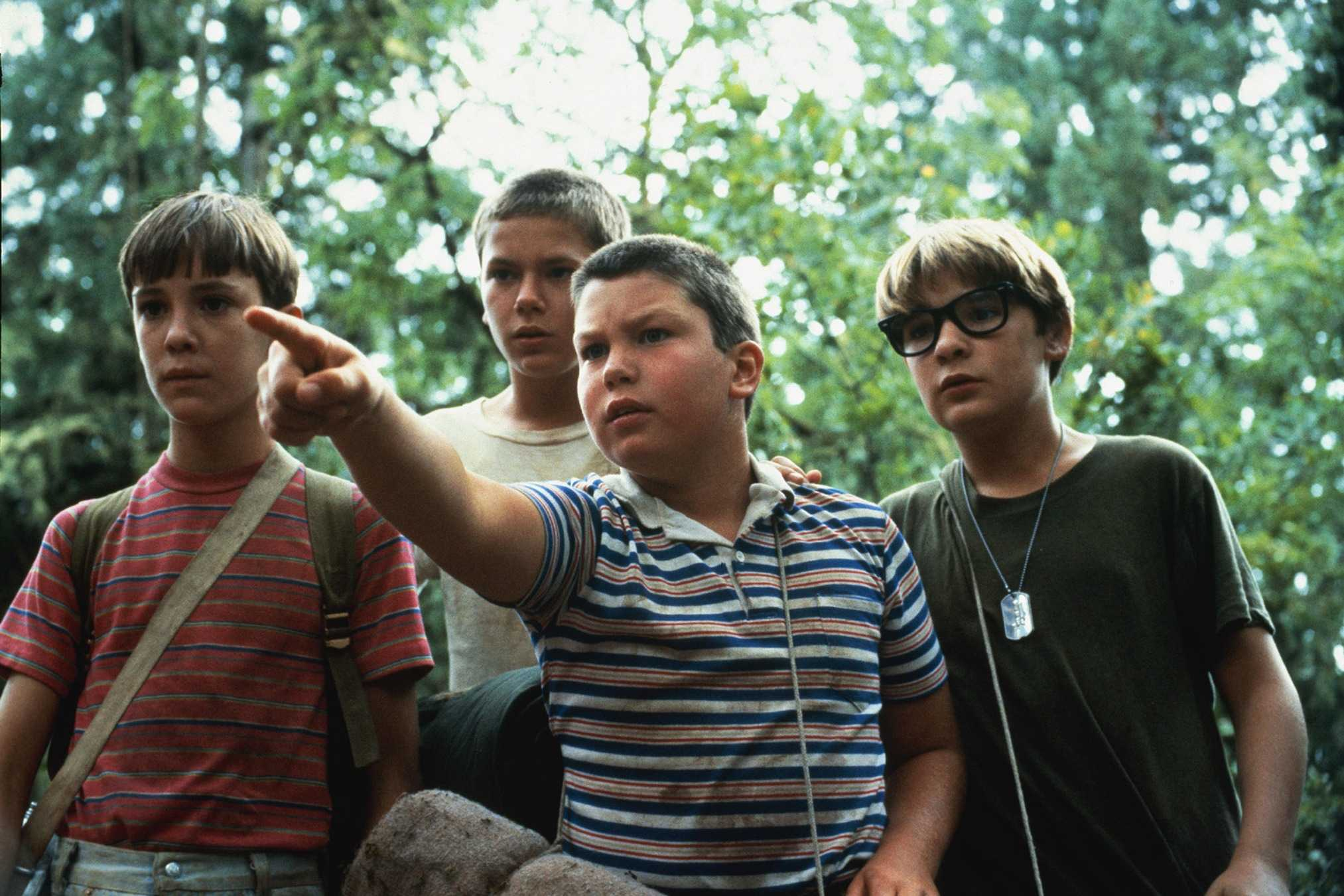 Wil Wheaton, River Phoenix, Corey Feldman, and Jerry O'Connell in