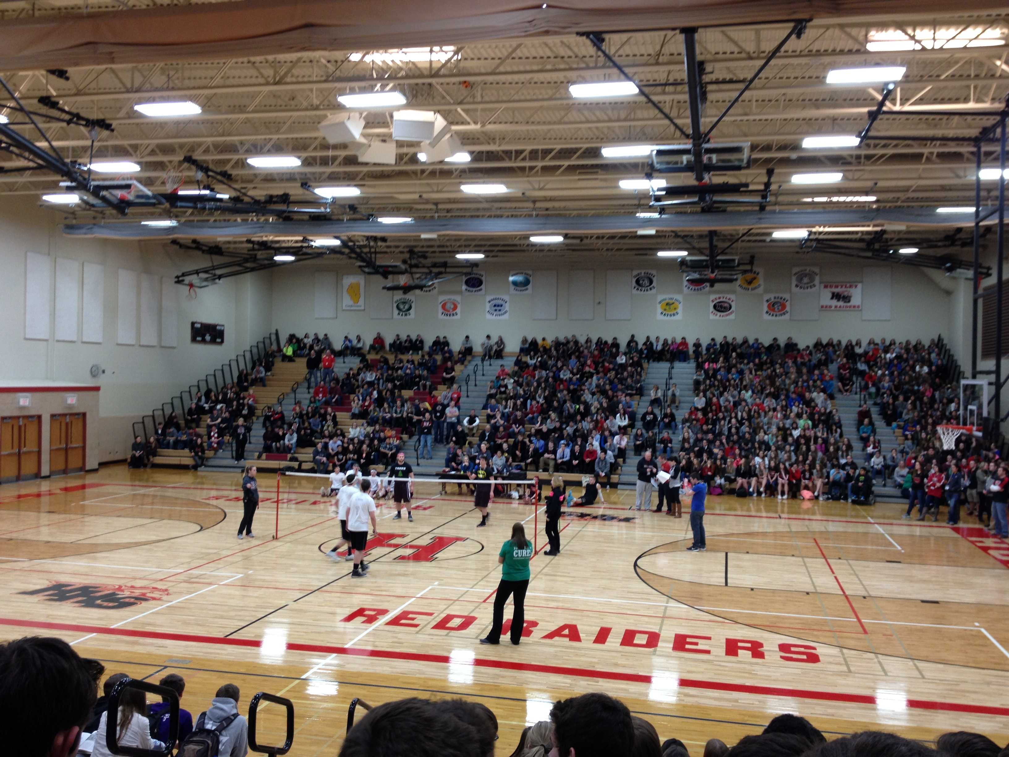 HHS Kicks off First Ever Basketball Pep Assembly