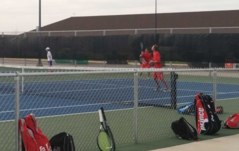 Boys tennis pull out a win against rivals Dundee Crown