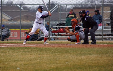Huntley baseball loses to Dekalb