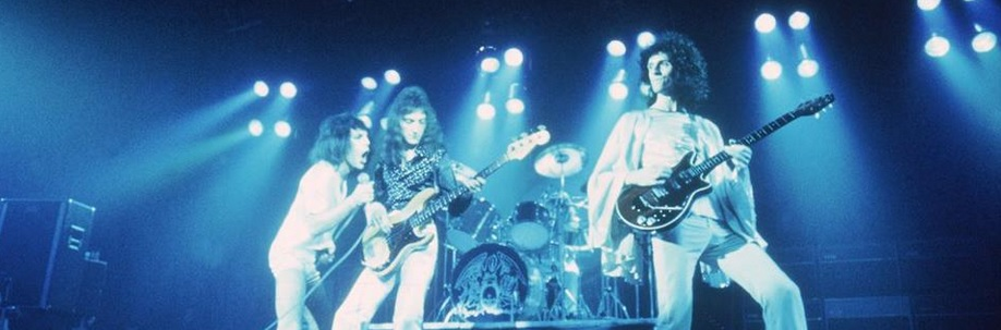 Queen prepares for a concert in the '80s (Courtesy of www.facebook.com/Queen/).