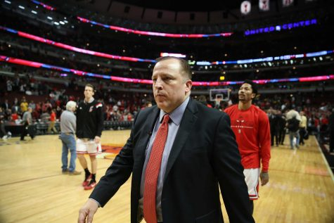 Chicago Bulls head coach Tom Thibodeau and guard Derrick Rose walk off the court after a 94-73 loss against the Cleveland Cavaliers in Game 6 of the Eastern Conference semifinals at the United Center in Chicago on Thursday, May 14, 2015. The loss eliminated the Bulls. (Chris Sweda/Chicago Tribune/TNS)