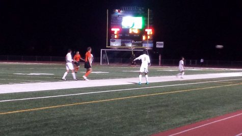 Huntley Boys Soccer defeats McHenry on Senior Night
