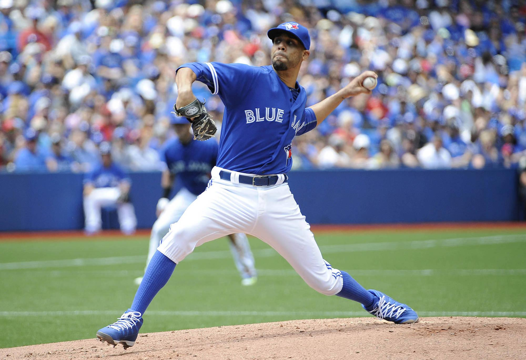 Free agent David Price finished the 2015 season with a record of 18-5 and a 2.45 ERA. (courtesy of inningseaters.sportsblog.com)
