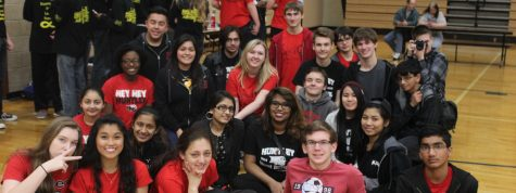 HHS SCIO members pose for a picture (D. Martin).