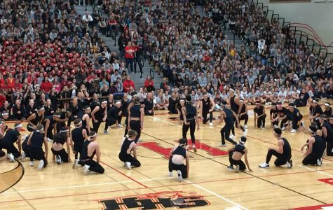 HHS Pep Rally: Starting the Year Off With a Bang