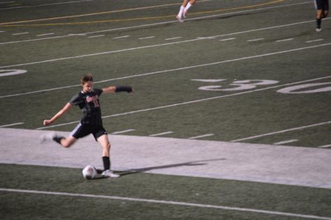 HHS Boys Soccer loses to Prairie Ridge