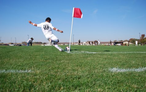 Boys soccer overcomes poor play to clip wings of rival Golden Eagles