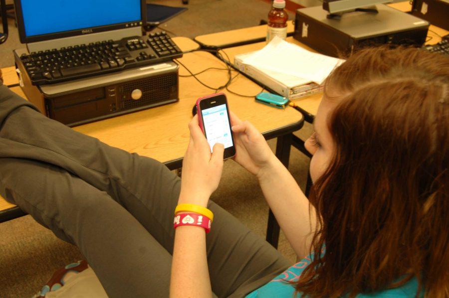 Jamie Beymer accesses the school's Wi-Fi (J. Cristo)