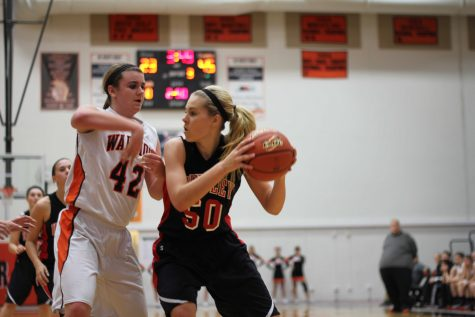 Raiders' new-look offense routs Warriors in first FVC game
