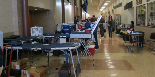 HHS hosts blood drive
