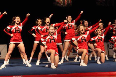 Huntley varsity cheerleading team takes 14th at state