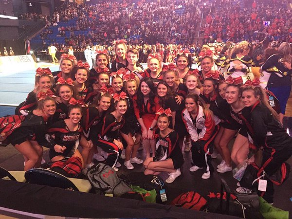 The Red Raiders pose after qualifying for Day 2 of the IHSA state finals (Courtesy of @HHSCheer158)