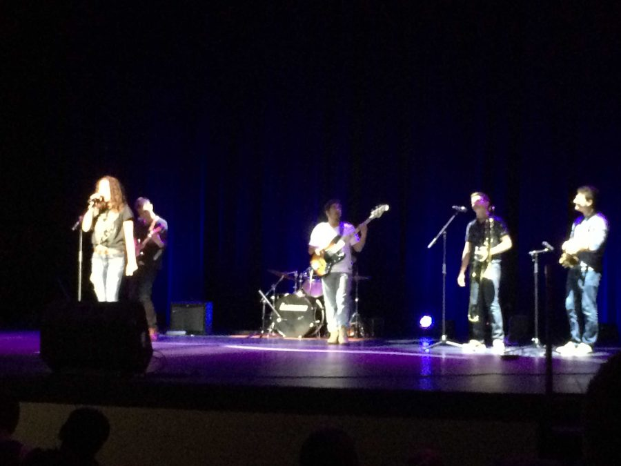Battle of the Bands rocks Huntley High School