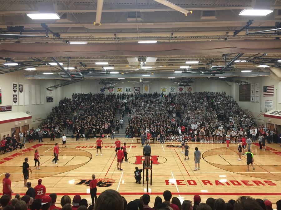 Juniors face off with the freshman in a class-on-class volleyball match (M. Barr).