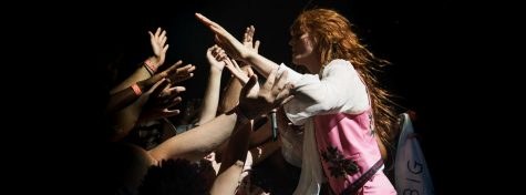 "Throwback to Florence + The Machine's ""No Light, No Light"""