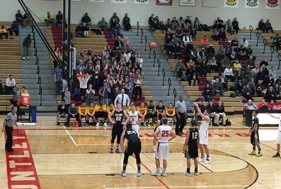 Boys basketball falls short against rival Jacobs