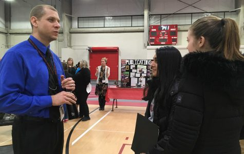 Course Selection Night held for incoming freshmen
