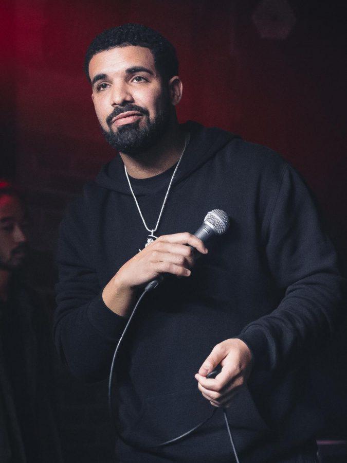 Drake+Re-Releases+2009+Mixtape+%E2%80%9CSo+Far+Gone%E2%80%9D