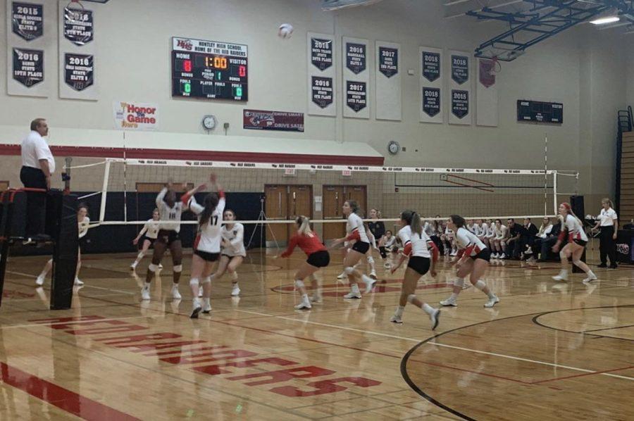 Huntley high school girls volleyball beats Prairie Ridge in just two sets