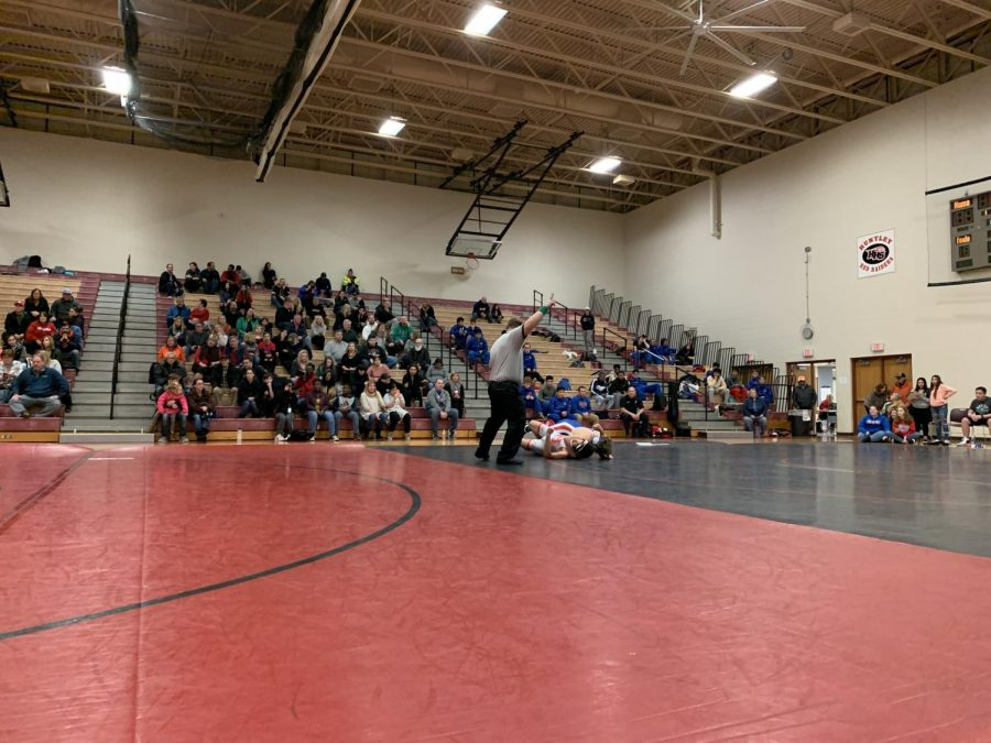 Huntley's wrestlers claim their victory over Dundee Crown