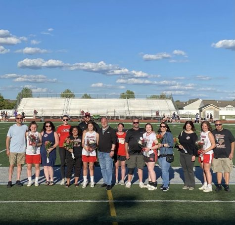 Girls varsity lacrosse defeats Hampshire on a successful senior night